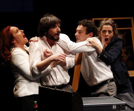 """""""Intimidades"""" de Jorge Gomes Ribeiro a partir de Woody Allen no Cine Teatro Paraíso em Tomar"""