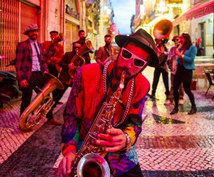 Fanfarras e artes circenses animam ruas de Tomar entre esta quinta-feira e sábado
