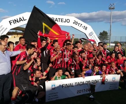 União de Tomar vence Taça do Ribatejo de futebol