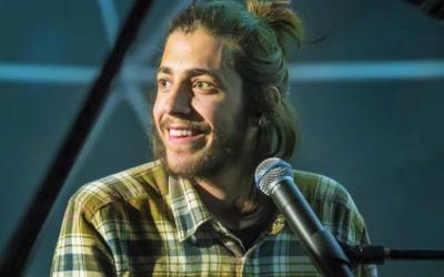 """Salvador Sobral """"regressa às raízes"""" este fim-de-semana no Festival de Jazz de Minde"""