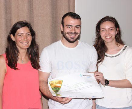 Bóia luminosa biodegradável para pesca nocturna vence concurso de bio-ideias de negócio
