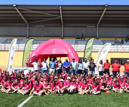 Meninas das escolas do 1º Ciclo do Concelho de Alcanena participaram em jogos de futebol