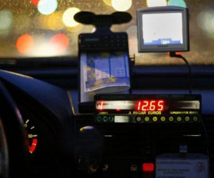 Quatro detidos em Santarém por assalto a taxista esta madrugada