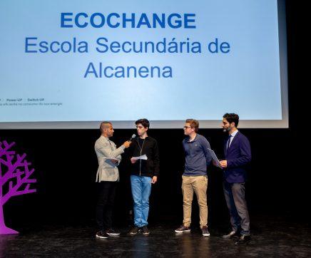 """Escola Secundária de Alcanena vence """"Melhor Mostra"""" no projeto 'Switch UP'"""