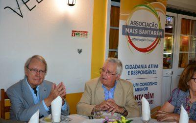 Um ano de intervenção cívica em Santarém assinalado com jantar e palestra com Pedro Canavarro