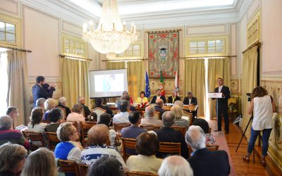 Maria Emília Pacheco apresentou o livro 'O Auto-Retrato na Pintura Portuguesa' em Santarém