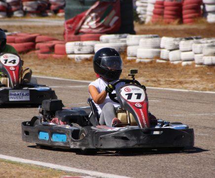 Quinze equipas empresariais inscritas no Grande Prémio de Karting NERSANT