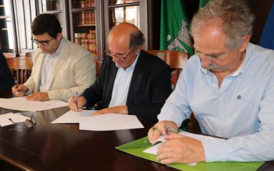 Município de Azambuja assina protocolo do reforço de verbas para os Bombeiros Voluntários de Azambuja e Alcoentre