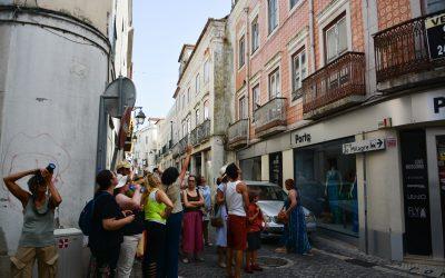 O azulejo em Santarém foi tema de visita orientada pelas ruas do Centro Histórico