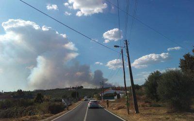 Incêndio em Casais Porto Oliveira, Abitureiras, mobiliza 200 bombeiros e 5 meios aéreos