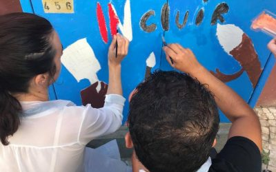 Utentes do projecto INcluir pintaram esta manhã armários urbanos da EDP em Santarém