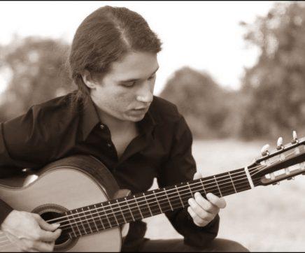 Apresentação do guitarrista Francisco Franco no Museu Municipal de Torres Novas