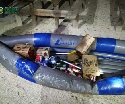 Cartaxo – Furtam estabelecimento com um barco
