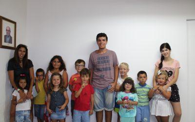 """Crianças da Academia """"A a Zé"""" visitaram o Correio do Ribatejo"""