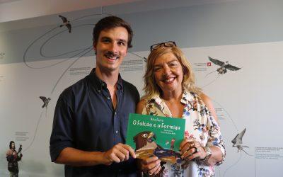 """Câmara de Salvaterra de Magos lançou quinto livro infantil """"O Falcão e a Formiga"""""""