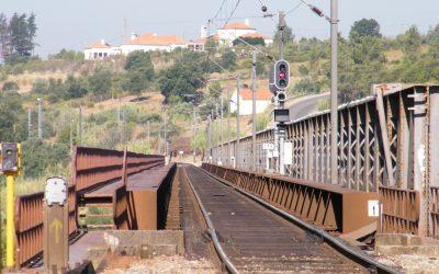 Deputados do PS questionam Governo sobre ponte de Constância