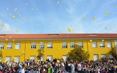 """Abraço à escola e exposição """"Um Universo de Saber"""" no arranque dos 175 anos da Escola Sá da Bandeira"""