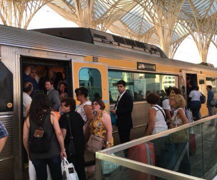 Governo anuncia regresso de comboios com mais carruagens a Tomar