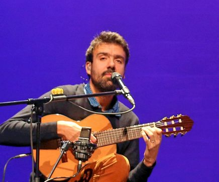 Santarém dá as boas vindas ao ano novo ao som de Miguel Araújo