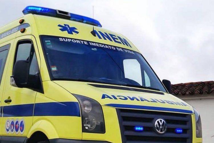 Colisão entre moto e tractor provoca ferido grave na Ponte da Chamusca