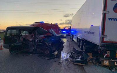 Acidente entre quatro veículos provoca um ferido