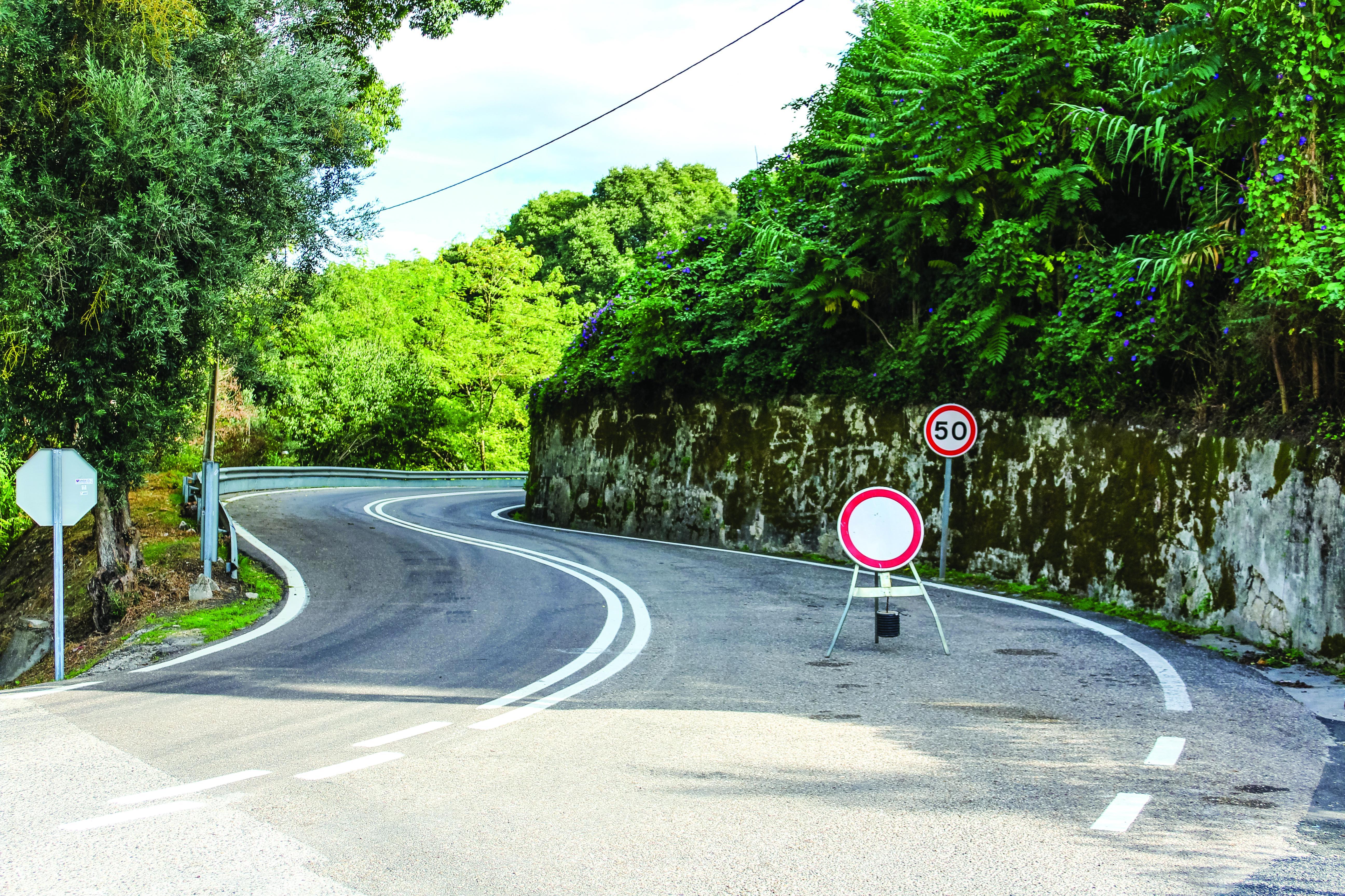 Troço da EN114 em Santarém  novamente fechado ao trânsito devido à chuva