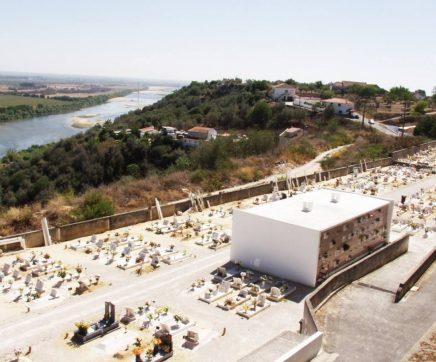 Assinado contrato para construção e exploração do Crematório de Santarém