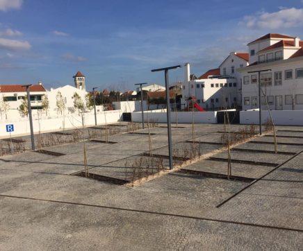 Almeirim tem novo parque de estacionamento