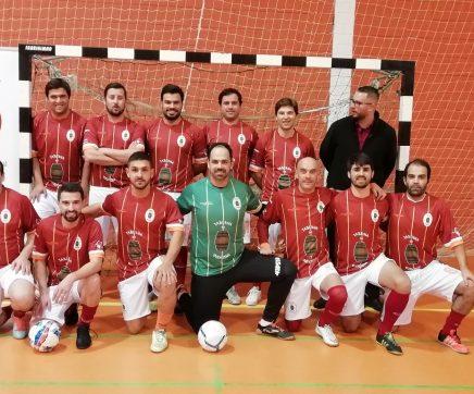 Taberna do Quinzena continua vencedor no Campeonato Amador de Futsal
