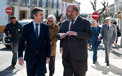 """Emigrantes são """"alicerce da internacionalização da economia portuguesa"""""""