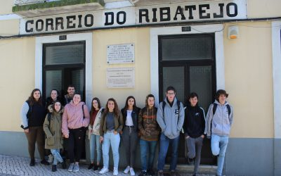 Alunos da Escola Alexandre Herculano visitam o Correio do Ribatejo