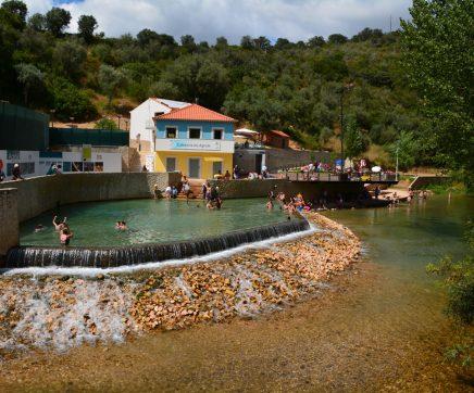 Lotação da praia do Agroal vai ser gerida a partir de 1 de Julho
