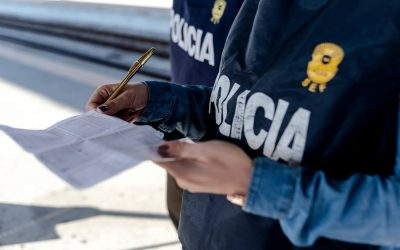 Prisão preventiva para três suspeitos dos crimes de tráfico de pessoas e de auxílio à imigração ilegal