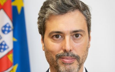 Secretário de Estado debate modernização administrativa com empresários