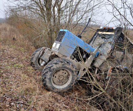Homem morre em acidente com tractor agrícola