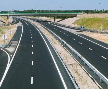Obras cortam trânsito na A10