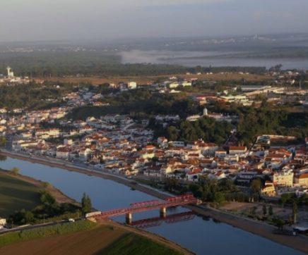 Secretário de Estado da Internacionalização inaugura duas novas unidades industriais em Coruche