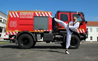 Atleta de Taekwondo e Bombeiro Municipal de Santarém pede apoio para provas internacionais