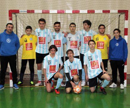 Juvenis do futsal do Vitória  Clube de Santarém perto do tricampeonato
