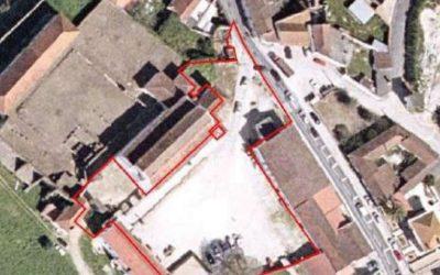 Câmara de Santarém aplica multa a empreiteiro do Largo do Mosteiro de Almoster