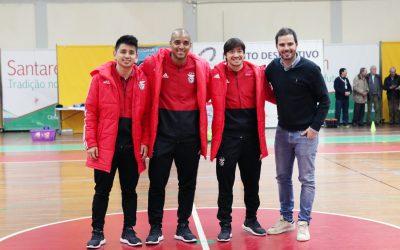 Estrelas do Benfica animam jovens do Vitória Clube de Santarém (C/Vídeo)