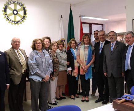 Governadora do Distrito 1960 visita Rotary Club de Santarém