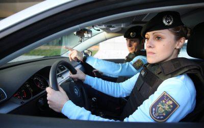 Idoso suspeito de violência doméstica detido e sujeito a pulseira electrónica