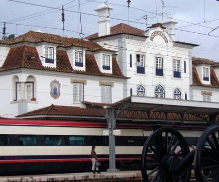 Cidadãos promovem petição pedindo desvio da Linha do Norte em Santarém
