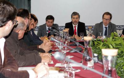 Três dezenas de empresários em debate com Secretário de Estado Adjunto e da Modernização Administrativa