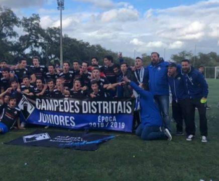 Académica de Santarém conquista Campeonato Distrital de Juniores