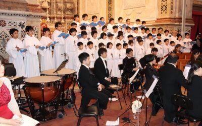 Coro de 55 jovens japoneses enche Sé Catedral de Santarém