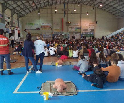 Mais de meio milhar de estudantes aprende a salvar vidas em Almeirim