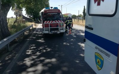 Choque entre autocarro e ligeiro de passageiros provoca dois feridos na EN 118