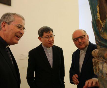Cardeal filipino visita Catedral e Museu Diocesano de Santarém
